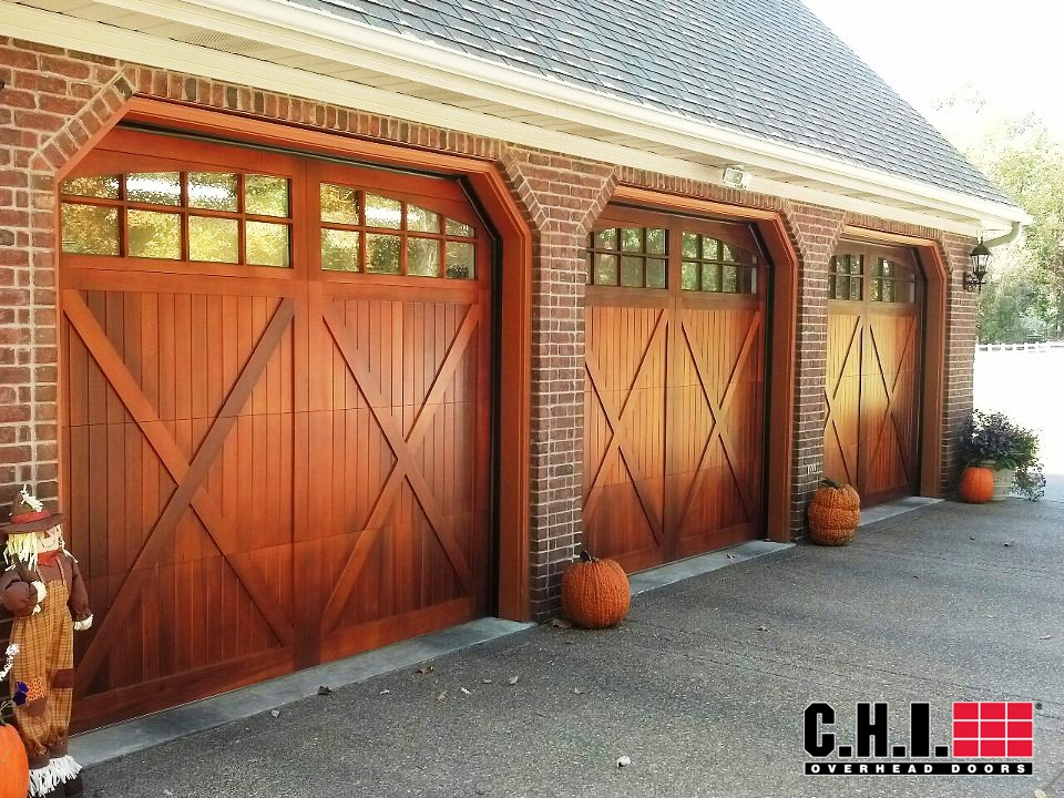 chi-mahogany-overlay-carriage-door-full